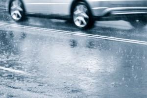 driving tips for wet roads