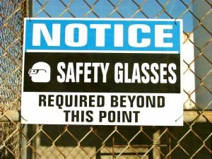 on the job injury reporting requirements by OSHA